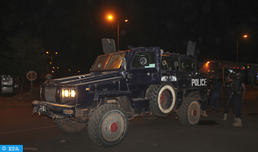 epa05224976 An armoured police vehicle secures a road outside the Nord-Sud Hotel in Bamako, Mali, 21 March 2016. According to media reports, gunmen attacked the hotel, which had been converted into a military base for an EU training camp. The European Union Training Mission in Mali (EUTM) said none of its soldiers had been hurt or injured in the attack although unconfirmed reports indicate one attacker was killed.  EPA/STR