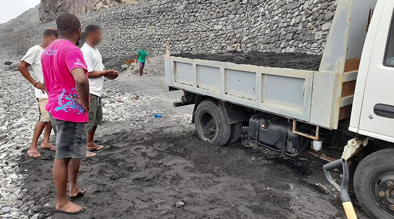 Santo Antão-ONG Fundamental preocupada com extracção de areia