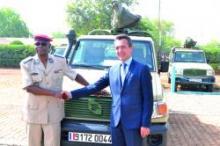 la-france-offre-au-burkina-du-materiel-militaire-d-une-valeur-de-cinq-milliards-de-fcfa-_59e74cbca9011_l220_h230
