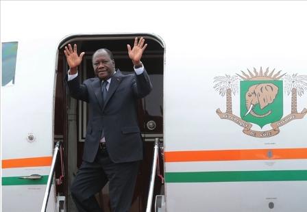 Cote-dIvoire-AIP-Le-president-Alassane-Ouattara-a-quitte-Abidjan-pour-la-France